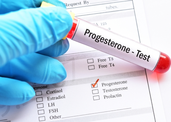 Adding progesterone to hormonal treatment for breast cancer